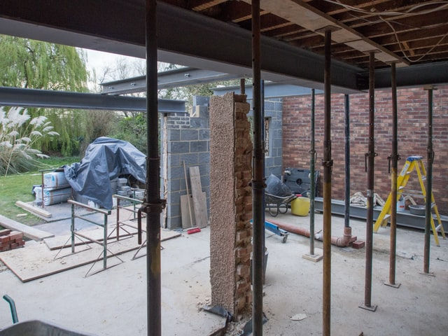 6 Interview Questions to Ask a Home Contractor for your Remodeling Project